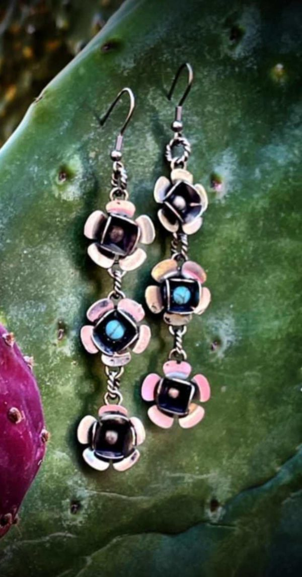 february-earrings