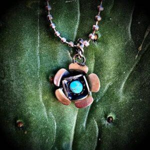 february-earring-club-pendant