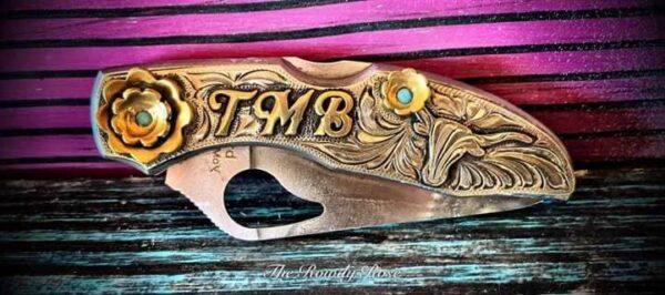 custom-turquoise-initital-knife