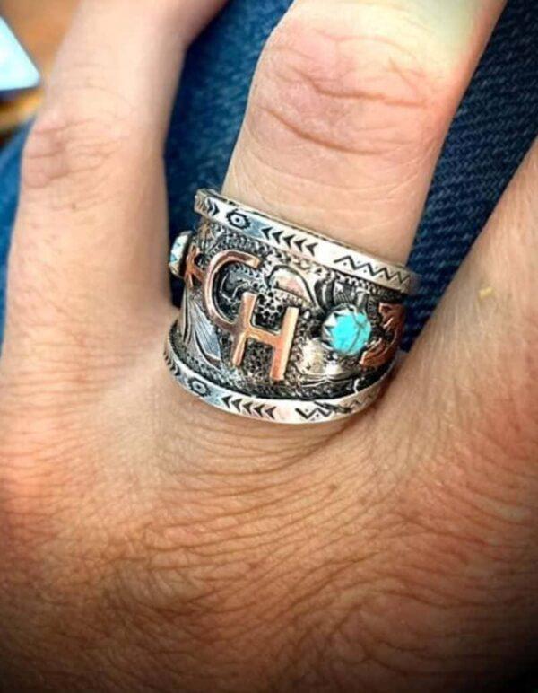 custom-initials-ring