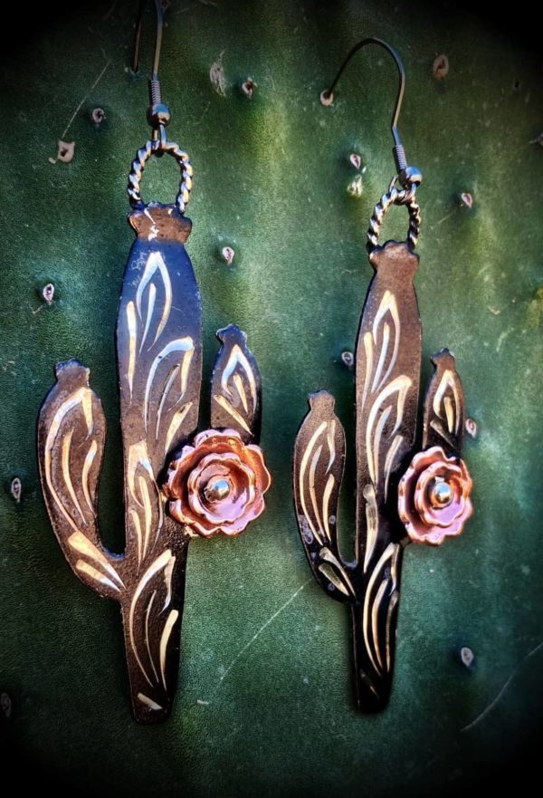 saguaro-rose-dark