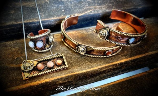 rosey pearls set